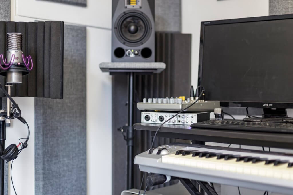 home music studio set-up