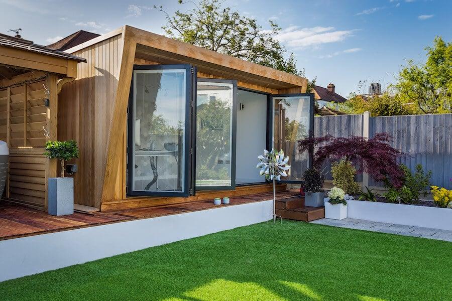 Pinnacle-garden-building