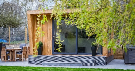garden room covered by tree