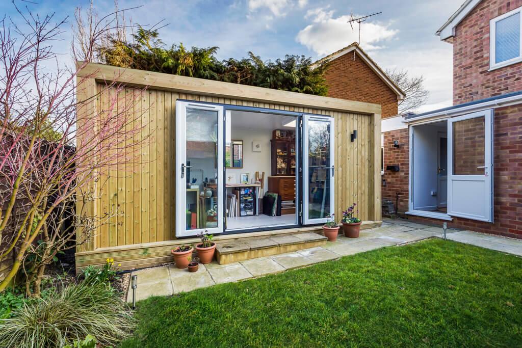 5m x 2m garden art studio