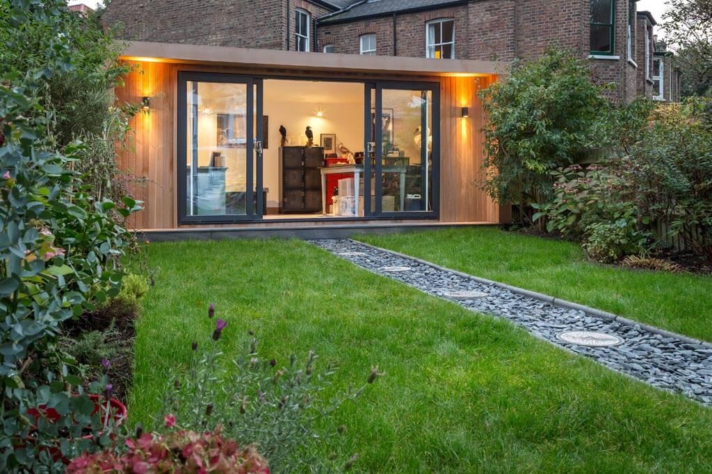 London garden taxidermy studio