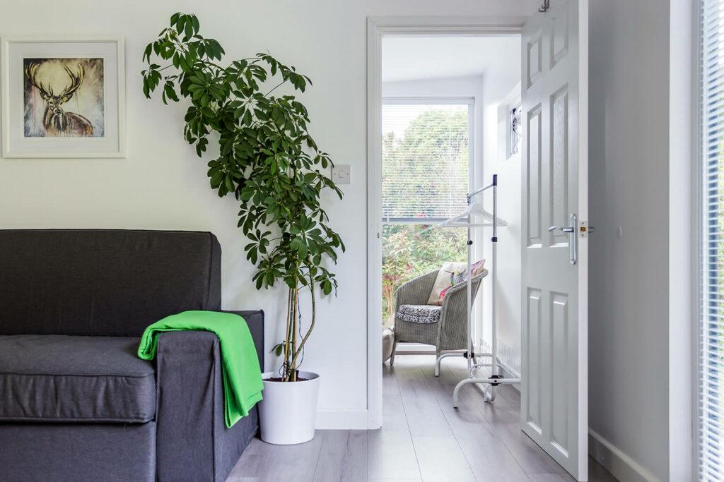 internal door to guest bedroom