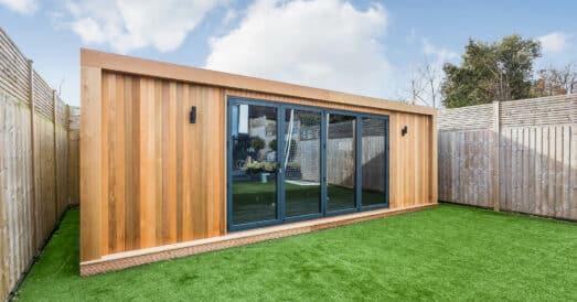 Garden edge building