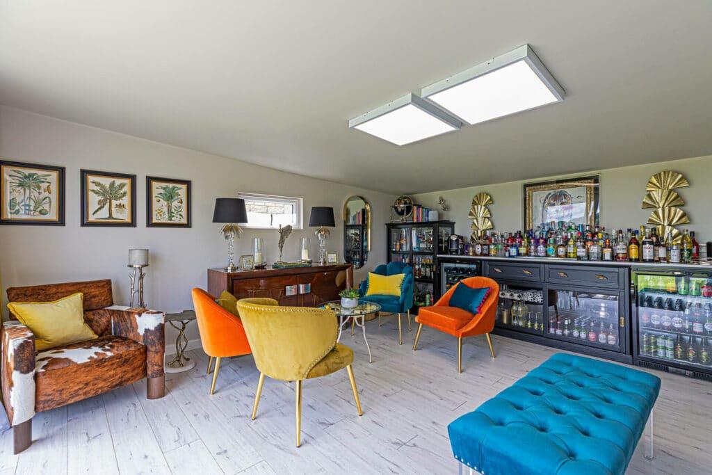 garden bar interior