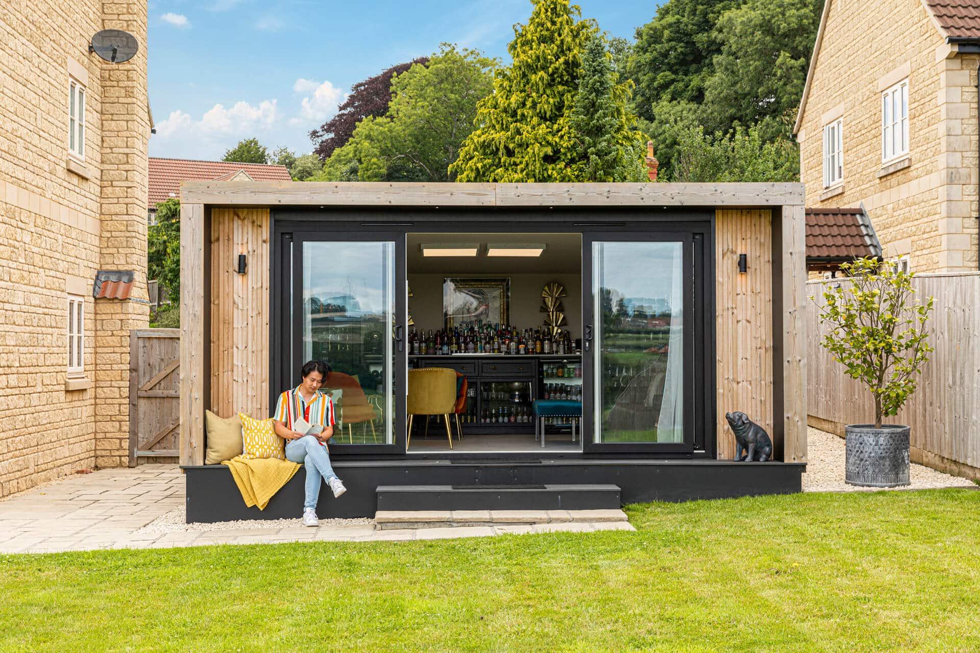 large garden bar building lifestyle