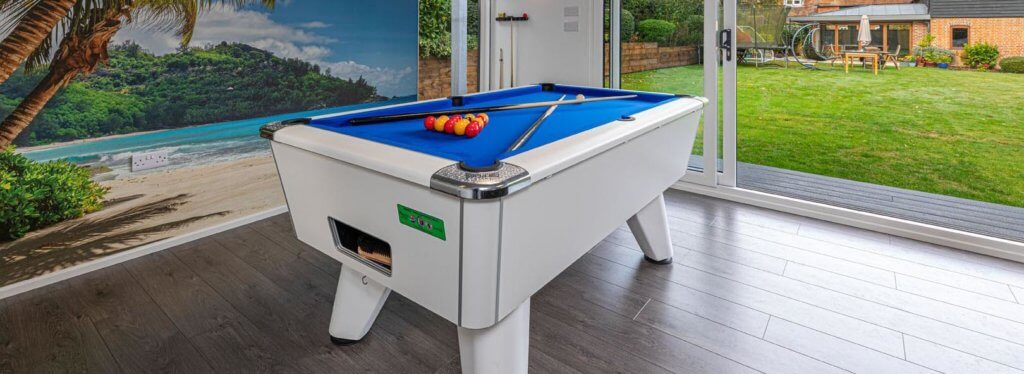 holiday themed garden games room