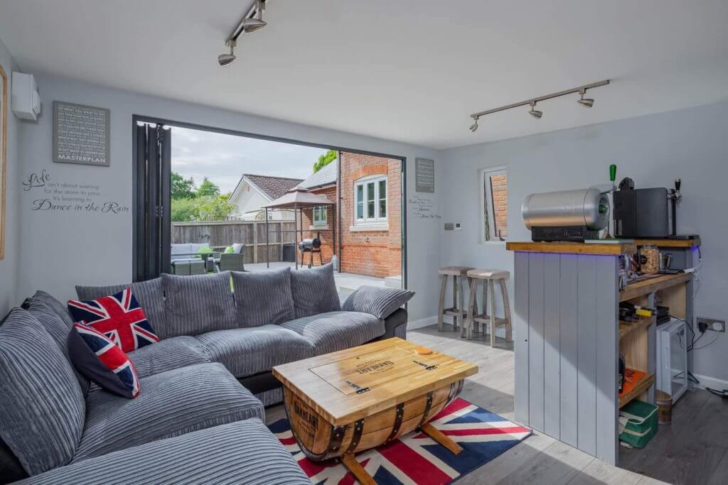 garden pub with bi-fold doors