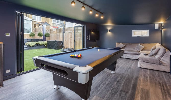 garden pool table room