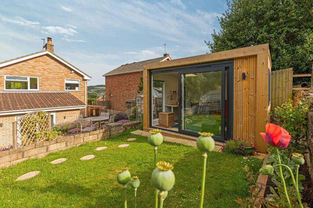 garden art studio building
