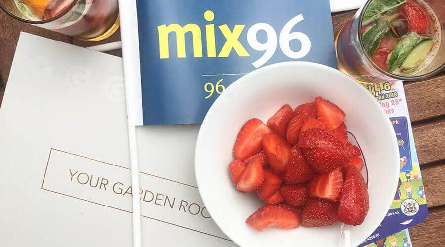 strawberries in bowl mix 96